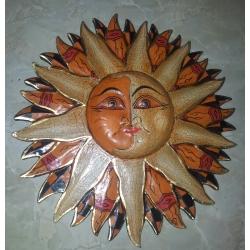 Sole in legno intagliato cm 30