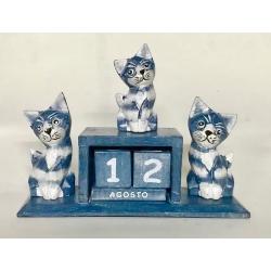 Calendario con 3 gatti in legno