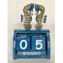 Calendario con cavallucci marini in legno