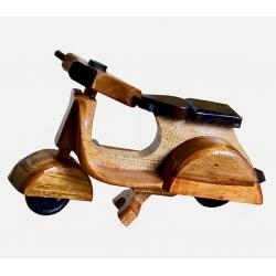 Vespa in legno