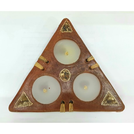 Porta candele Segitiga